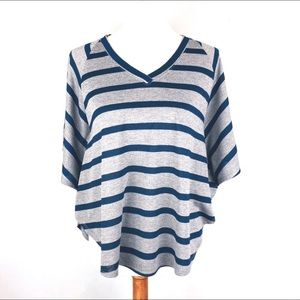 Oversized Pullover V Neck Striped Hi/Low Tee Small